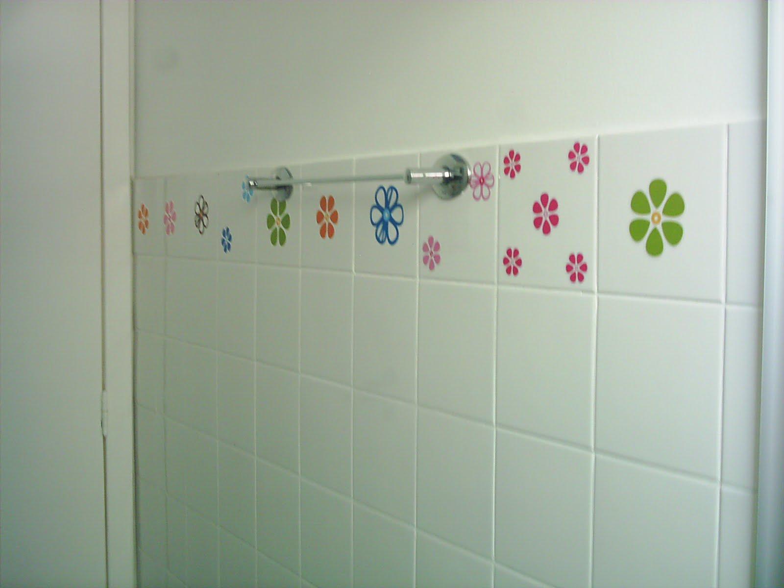 Azulejo para Banheiro Piso e Cerâmica Construdeia #943738 1600x1200 Azulejo Para Banheiro Decorado
