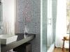 banheiro-com-parede-de-vidro-2