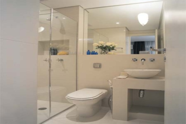 Banheiro Pequeno de Apartamento  Modernos e Planejados  Construdeia -> Banheiro Planejado Para Apartamento Pequeno