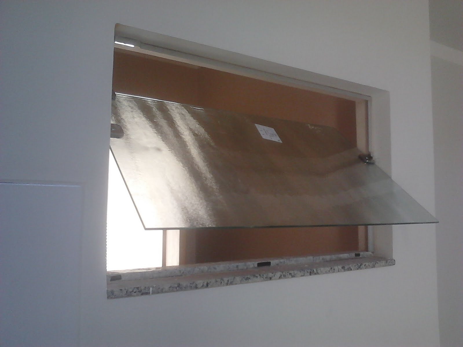 Basculante de Vidro Temperado Portas e Janelas Construdeia #4D3C31 1600 1200