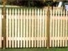 casas-com-cerca-de-madeira-3