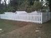 casas-com-cerca-de-madeira-8
