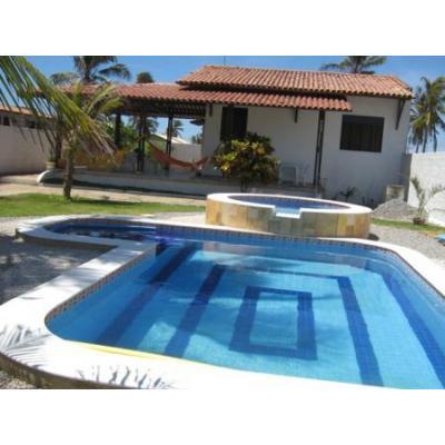 Casas com piscina 4 for Modelos de piscinas de campo
