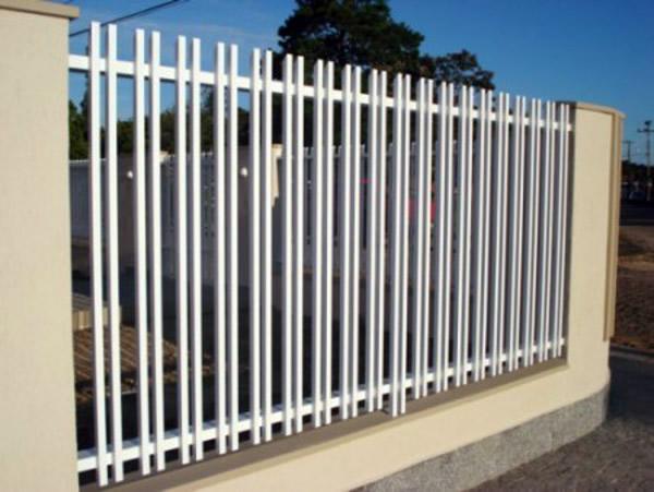 cerca de jardim ferroCerca de Ferro – Muro e Portão
