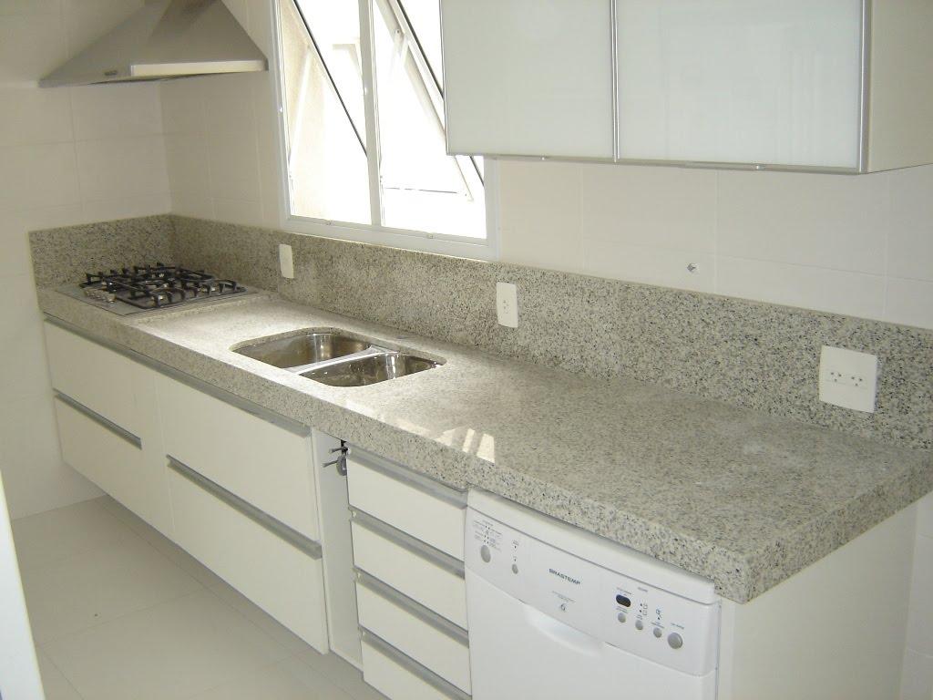 Cozinha com Mármore Pia e Balcão Construdeia #58513C 1024x768 Balcao Banheiro Usado