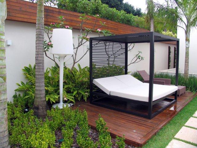 jardim deck de madeira:Deck para Jardim – Flores e Pisos