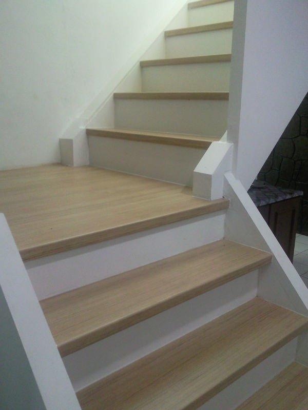 Escada De Piso Laminado Acabamento E Revestimento