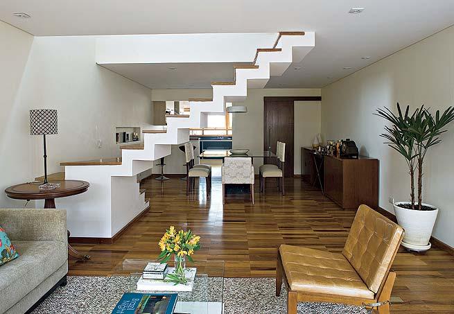 sala com escada : Escada para Sala - Degraus e Modelos Construdeia