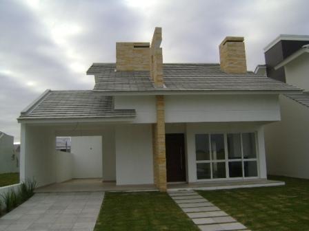 Fachada de casa pequena com varanda projeto e constru o for Estilos de fachadas de casas pequenas