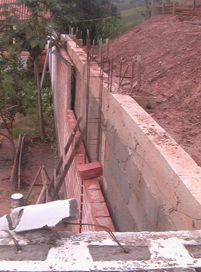 Laje nervurada a o e obra for Muro de concreto armado