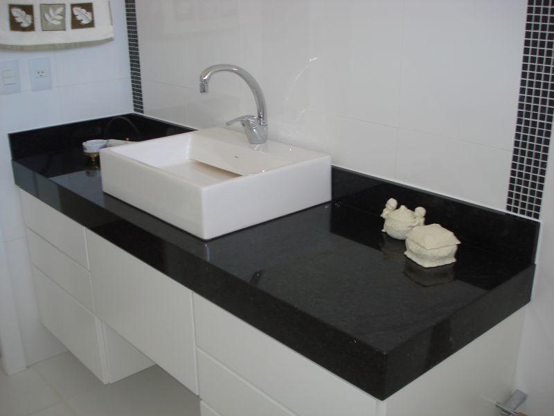 Pia de Banheiro em Granito  Pedra e Mármore  Construdeia -> Banheiros Modernos Em Granito