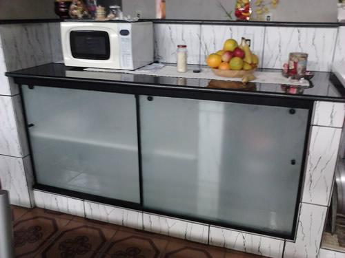 Pia de Vidro para Cozinha  Decoração  Fotos  Construdeia -> Pia De Banheiro Feita Com Tijolo De Vidro