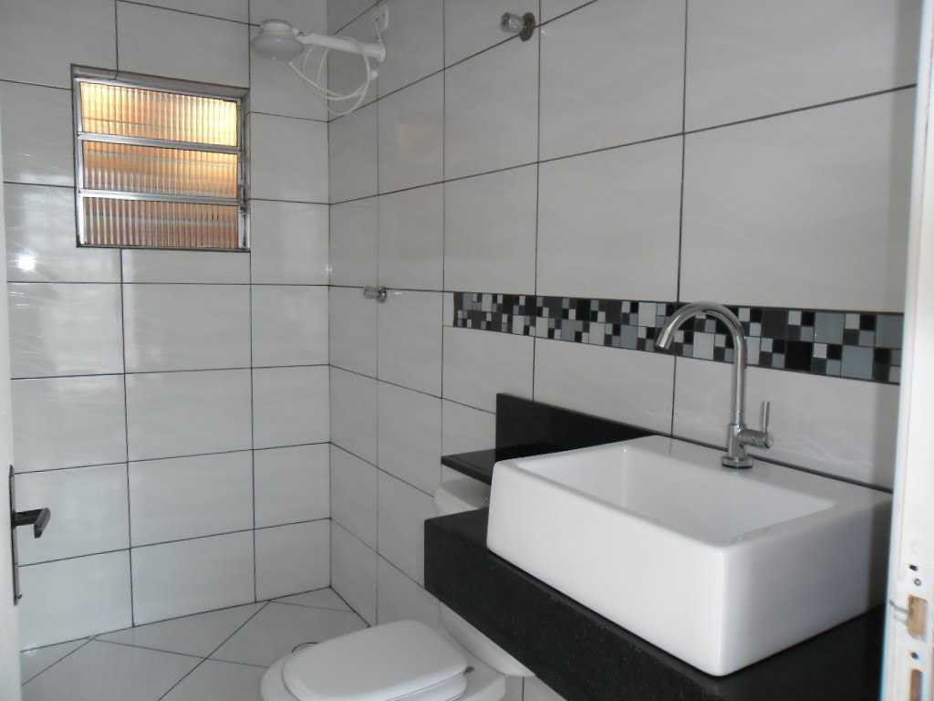 Piso com Rejunte Preto Argamassa e Acabamento Construdeia #9C6E2F 1024x768 Acabamento Piso Banheiro