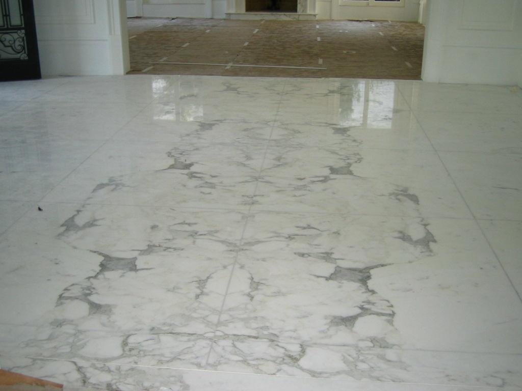 Pisos De Porcelanato Marmore E Granito Natural Pictures to pin on  #58503B 1024x768 Banheiro Com Porcelanato Carrara