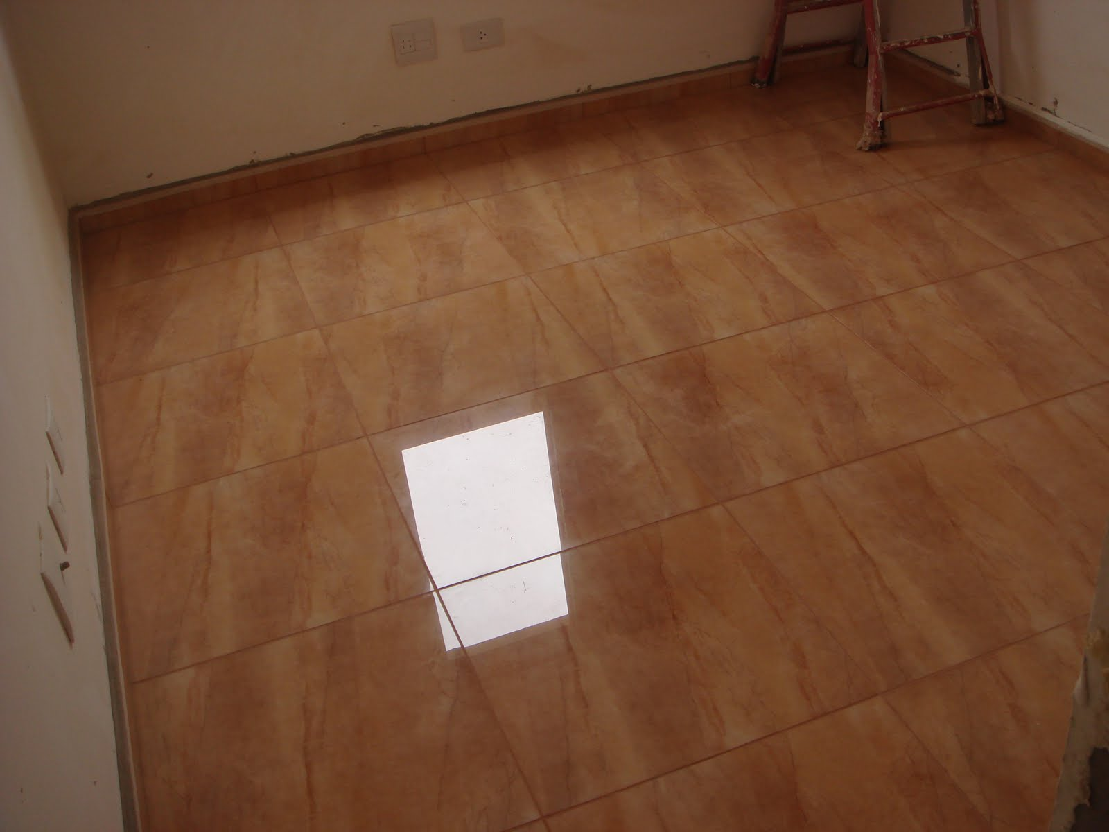 Piso para ba o porcelanato for Modelos de losetas para pisos
