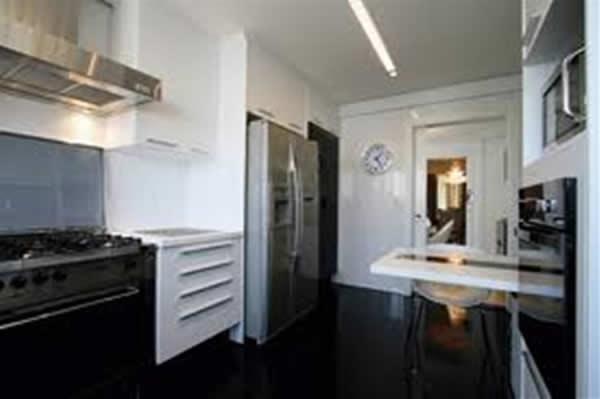 decora??o de cozinha com piso xadrez