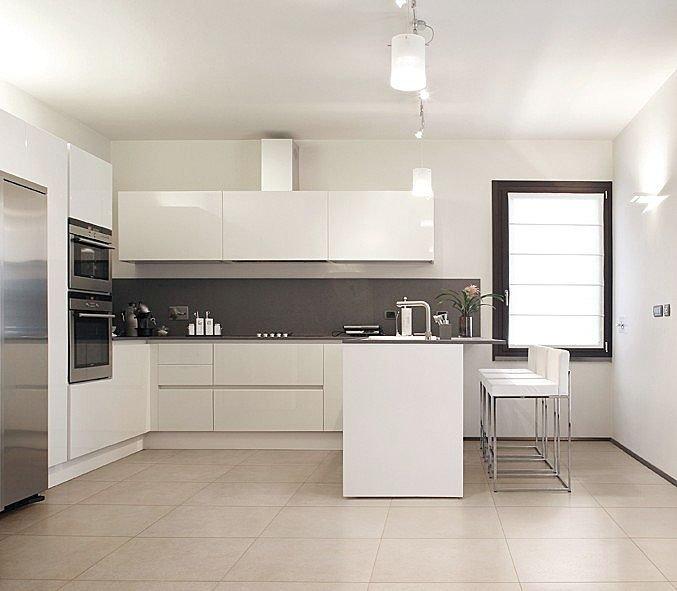 Pisos porcelanato para cozinha for Pisos para interiores casas