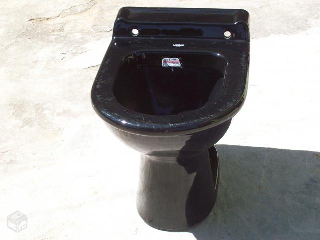 Vaso Sanitário Preto  Cuba e Banheiro  Construdeia -> Decoracao Banheiro Vaso Sanitario Preto