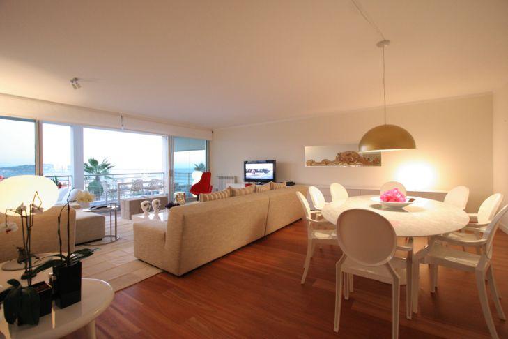 Apartamento com piso de madeira for Pisos apartamentos pequenos