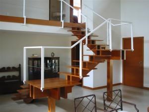 Escadas Internas em Madeira