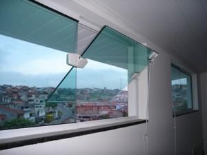 Janela Basculante Vertical