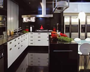 Porcelanato Preto na Cozinha