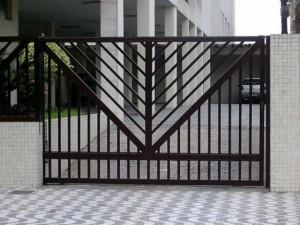 Portão de Garagem de Ferro