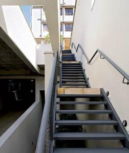 Escada Metálica Simples