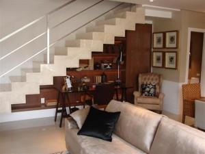 Sala Planejada com Escada