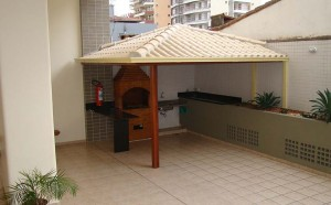Telhado Colonial para Churrasqueira