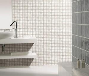 Banheiro com Pastilhas Branca