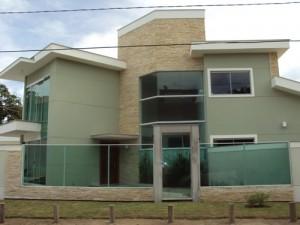 Fachadas de Casas com Lajotas